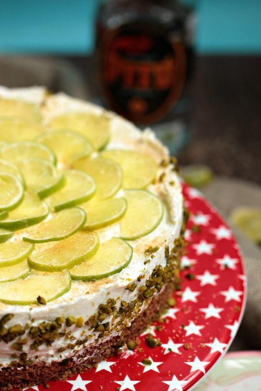 SASIBELLA: Caipirina Torte oder No-Bake Limetten Schmandtörtchen