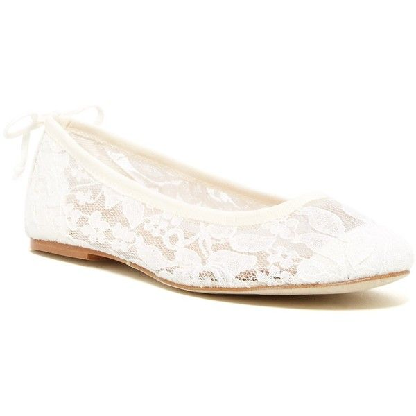 Soludos Chantilly Lace Ballet Flat ($37) ❤ liked on Polyvore featuring shoes, flats, white, ballet flats, white shoes, white ballet shoes, round toe flats and slip-on shoes