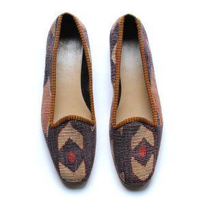 Kilim loafers #hennisdotter #shoes #kilim #turkishkilim #kilimloafers