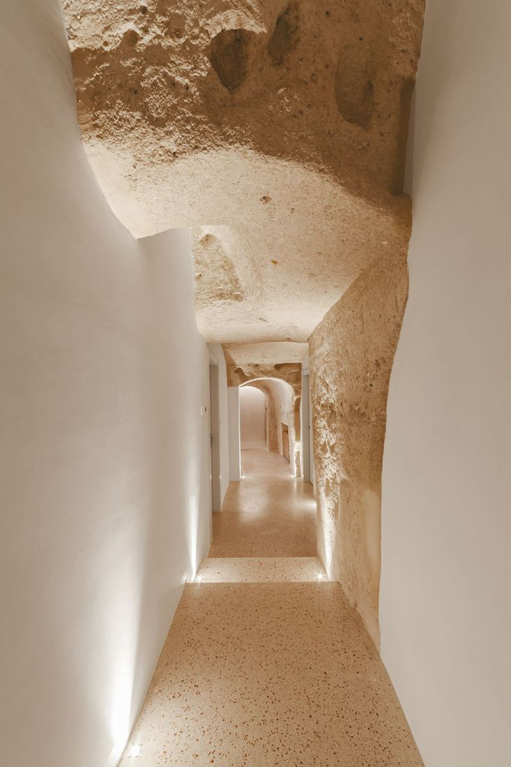 La Dimora di Metello, a hotel in Matera, Italy, combines historic cave-dwellings with contemporary design. In the southern part of Italy in the historical town of Matera, are world famous cave-dwellings. Carved thousands of years ago, these caves that were once homes and churches have recently been turned into a contemporary tourist hotel.