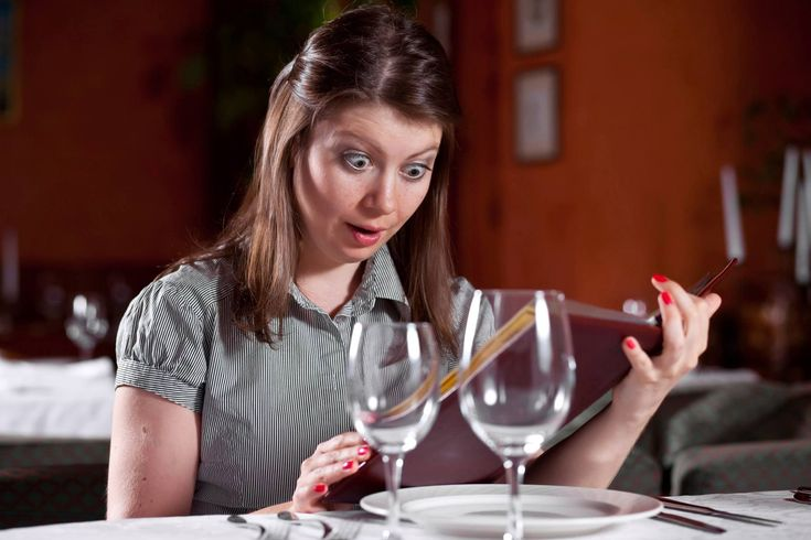 Wondering what foods to stay away from while pregnant? Here's the low down: Avoid raw or undercooked eggs, poultry, meat and seafood (like carpaccio, tartare, ceviche, raw sushi and sashimi and anything cooked to 'rare' or 'medium rare'); anything unpasteurized; unwashed fruits and vegetables; processed meats (like deli meats, charcuterie and hot dogs, unless served steaming hot); high mercury seafood (like tuna, shark, king mackerel and swordfish). Learn more at nutrimom.co/1MaK4Q4