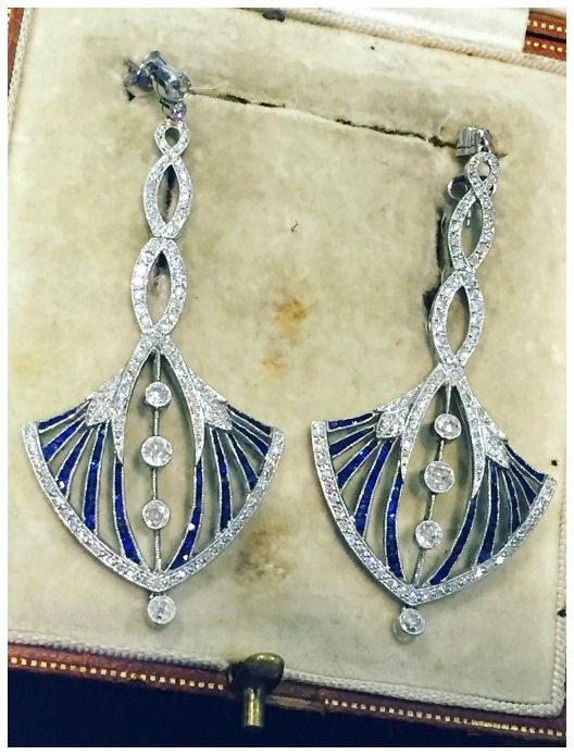 The first Lueur jewelry show. - Diamonds in the Library A magnificent pair of Art Deco sapphire and diamond earrings. At Rod Billing.
