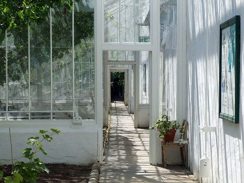 want to be here!Conservatory, Huge House, Gardens Greenhouses, Glasses Wall, Future House, Green House, Glasses House, White Wall, Sun Room