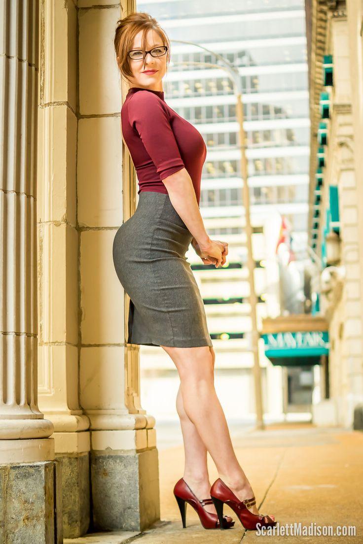 Fashion tights skirt dress heels