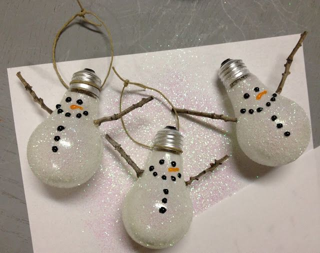 Recycle your old light bulbs with Kesley Bang's snowman ornament tutorial