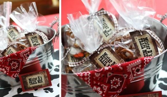 Trail Mix: pretzels, M&M's, mini marshmallows, raisins & Cheez-It Gripz