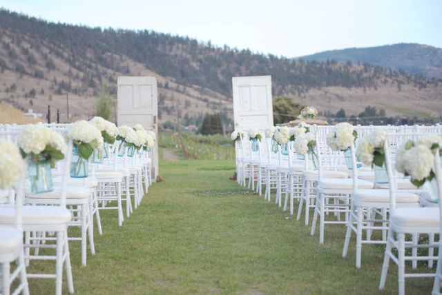Naramata vintage wedding at Poplar Grove Winery | Vintage Wedding Rentals at Vintage Origami