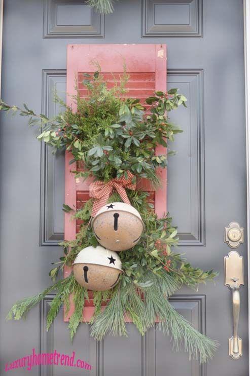 40 Trendy Outdoor Christmas Decorations   Spark   eHow.com