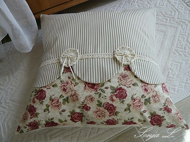 sewing and knitting for comfort in the house. pillows and Valentine (38) (640x480, 305Kb)