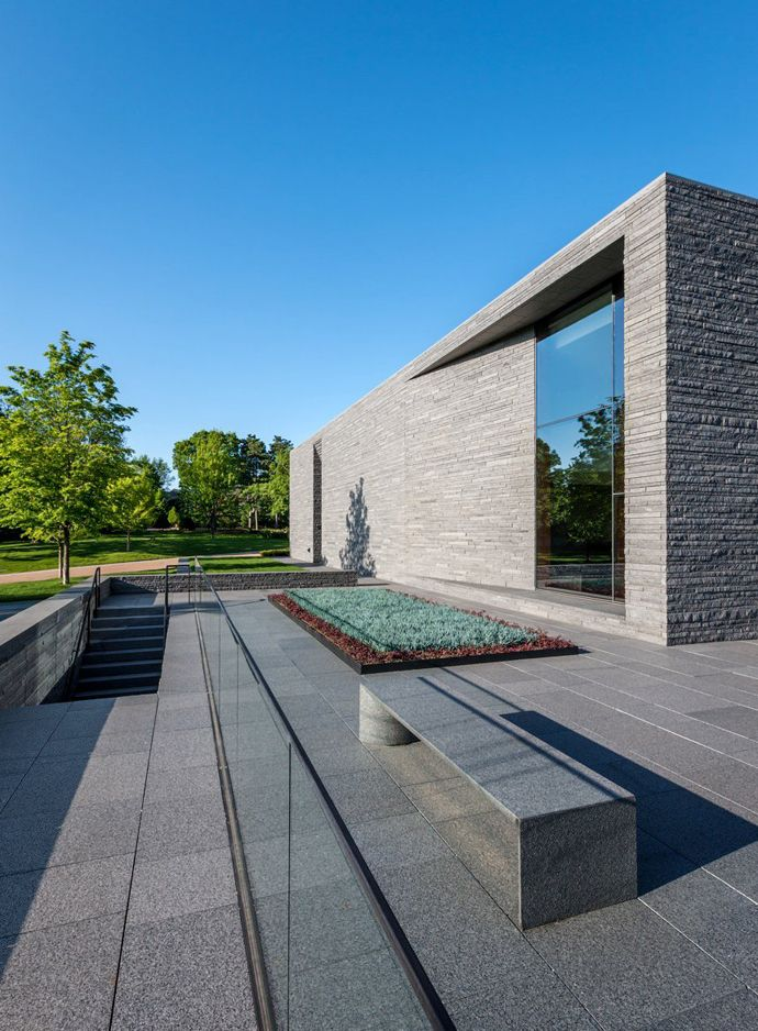 Lakewood Cemetery's Garden Mausoleum by HGA Architects   DesignRulz.com
