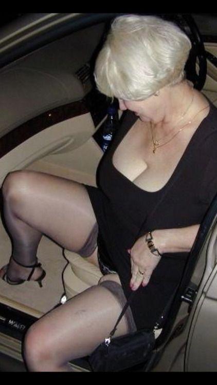 hot car ladies sex nylons