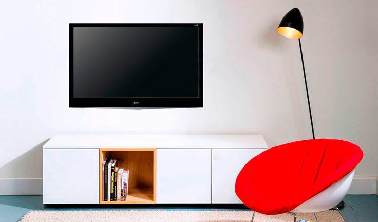 Shop ons zwevend tv-meubel Thijs via http://100procentkast.nl/kasten-op-maat/tv-meubel/zwevend-tv-meubel/