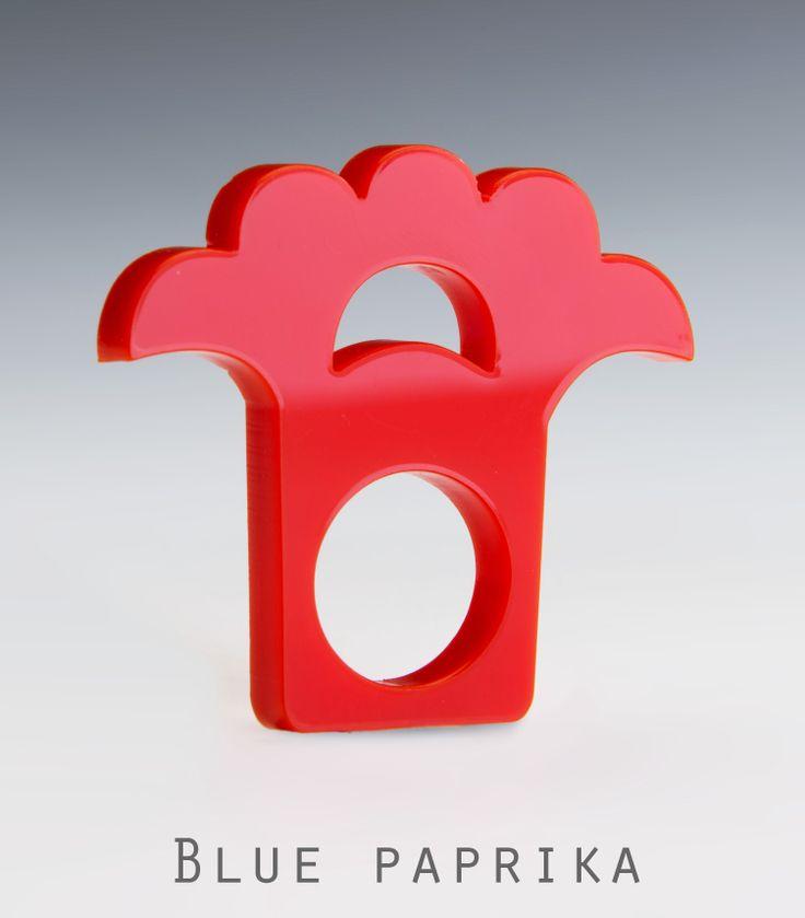 Piros pávatollas Blue paprika gyűrű
