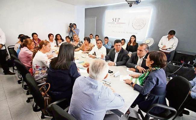 En Morelos Rosario Robles encara reclamo por fondos - El Universal