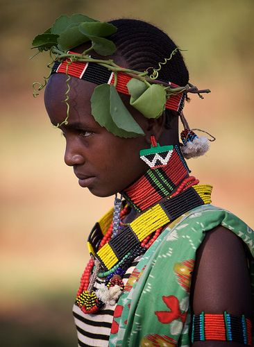 Africa | Hamar girl photographed during the Bulljumping Ceremony.