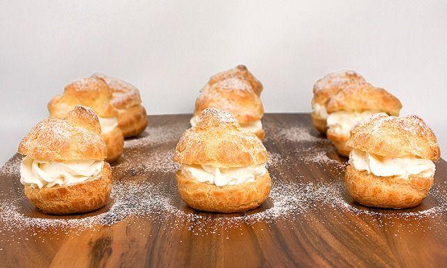 طريقة عمل حلى الشو أو الشانتلي Cooking Cream Chocolate Sauce Recipes Profiteroles Recipe