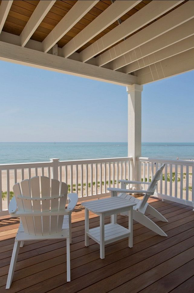 Beach House. One of my favorites Beach Houses ever! Simple, elegant and inviting! #BEACH #HOUSE