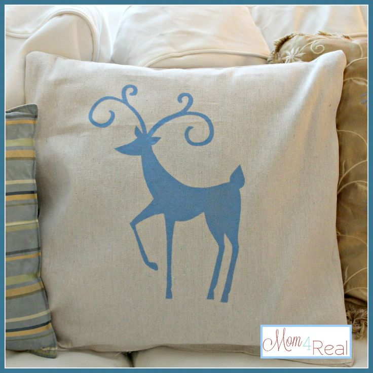 Best 25  Christmas cushions ideas on Pinterest | Green christmas ...