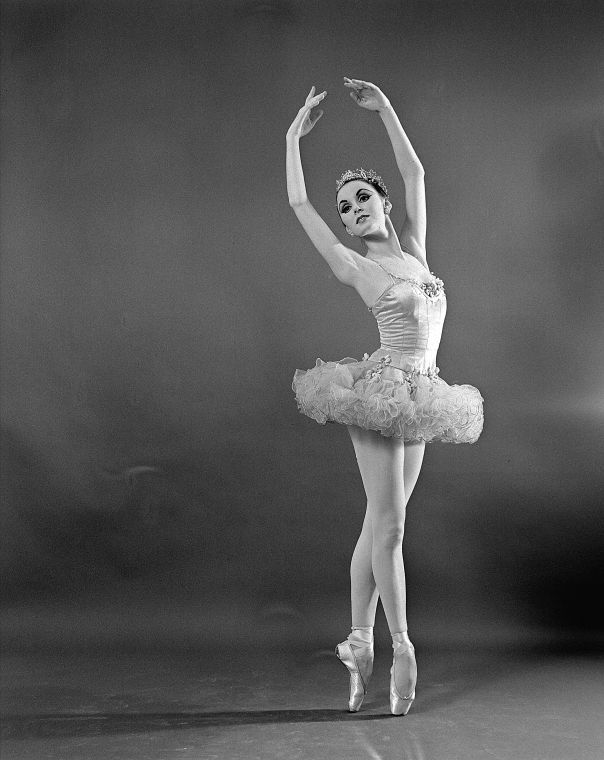 "Patricia McBride as the Sugar Plum Fairy, in a New York City Ballet production of ""The Nutcracker."" IMAGE ID: SWOPE_1318673"