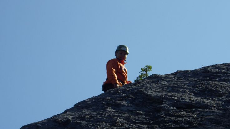 More climbing with Yamnuska Mountain Adventures  #BanffSprings125