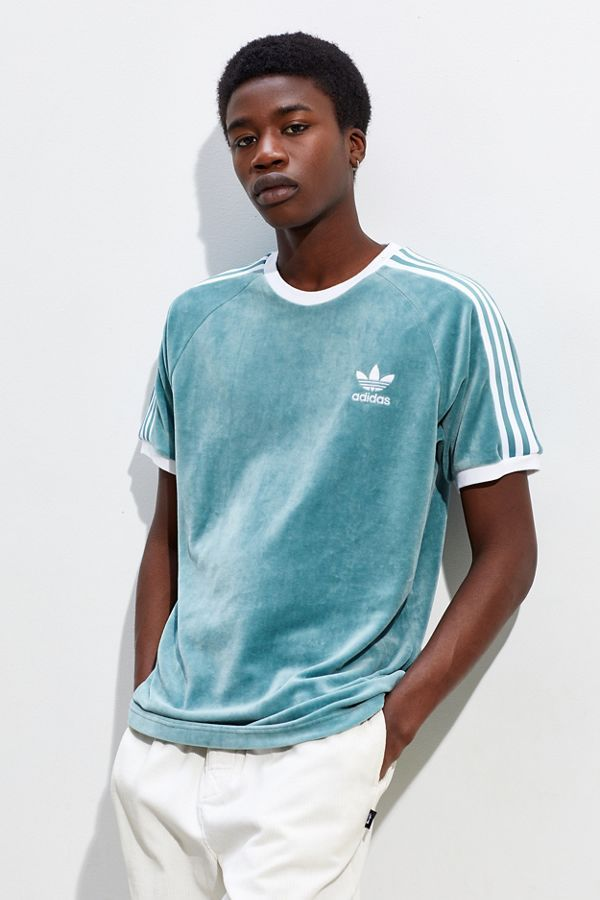 """Adidas Cozy T shirt in 2019 ProdukterHerre toppe, skjorter """"title ="""" Adidas Hyggelig T-shirt i 2019Produkter Mens tops, Shirts"""