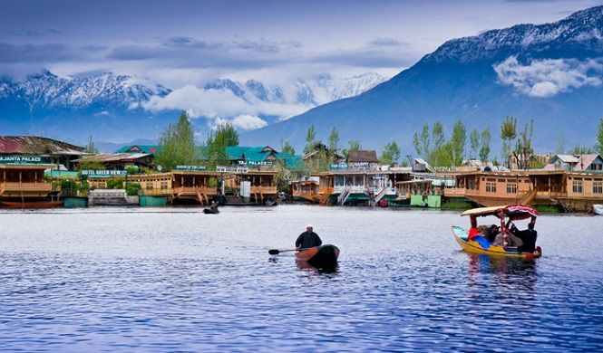 Heaven on Earth - Dal Lake