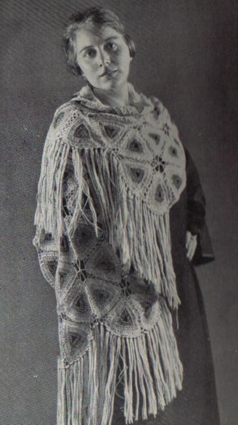 Schal aus Dreiecken zusammengesetzt | Handarbeitswelt