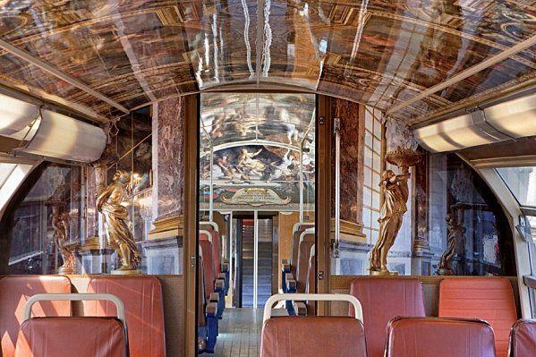 Paris RER Train Goes Gaga for Versailles  by michelle young    http://paris.untappedcities.com/2012/07/16/paris-rer-train-goes-gaga-for-versailles/
