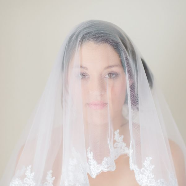 CubicBridal Veils with Lace Trimming by Pearl & Ivory ®  - Find more inspiring bridal hair accessories from our collection www.pearlandivory.com/hair-adornments. Photography by Yolande Marx #PearlandIvory #HairAdornments #HairAccessories #bridalveils #laceveils