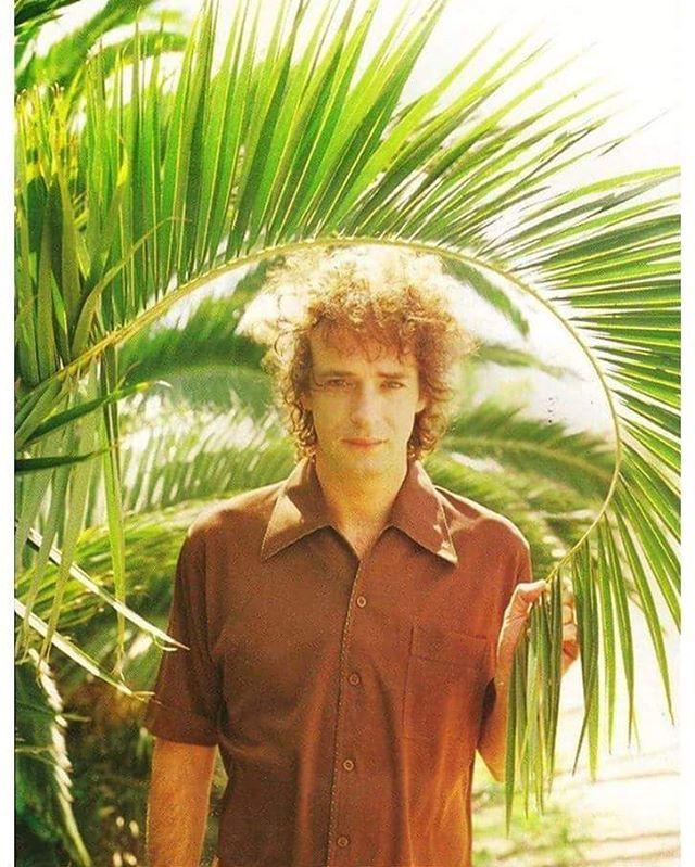 Foto original de prensa para Bocanada. #Cerati  Buenos Aires, Año 1999  Fotografía: Nora Lezano Vía: FlacoStereo