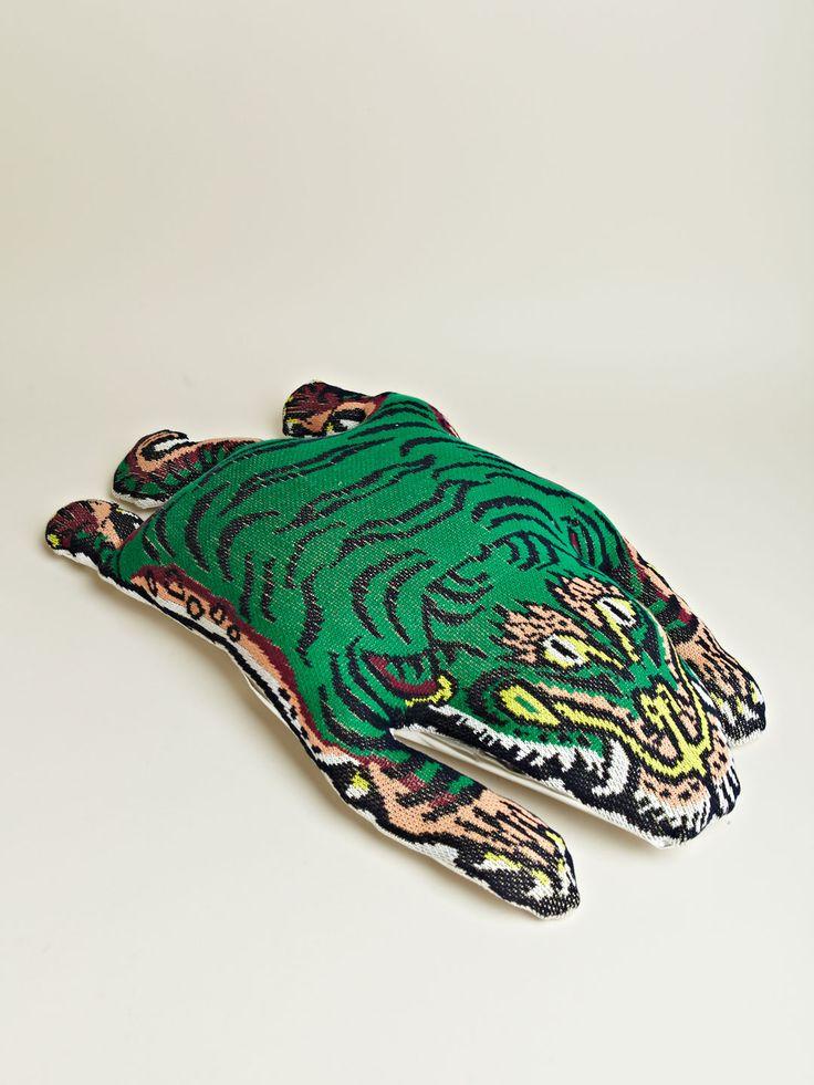 LEH Men's Tibetan Tiger Cushion