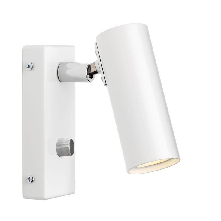 Puck Vegglampe med Dimmer, hvit - Lampeserien Puck er en Örsjöklassiker! Puck kommer som vegglamper med justerbar arm, bord- og gulvlampe med matt glass og takarmatur med justerbare spotter. Stilrent design av Åke Hultgren. - Örsjö Belysning - RoyalDesign.no