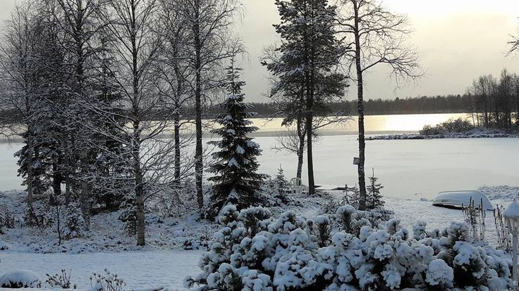 Kuusamojärvi talviasussa.
