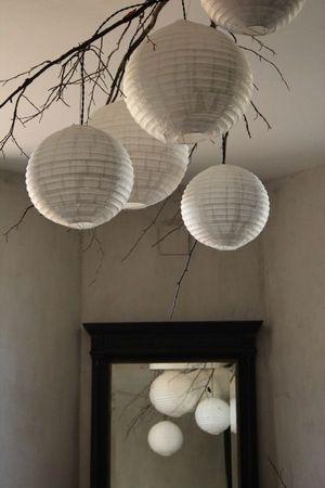 Lustre com galho e luminárias japonesas!