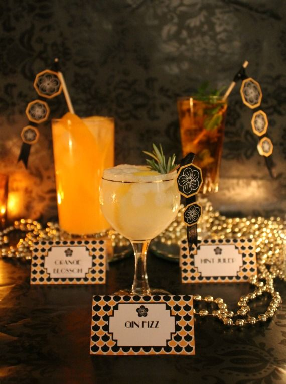 Label your custom cocktails to help your guests know what's what! #gatsbywedding #weddingdrinks: Parties Drinks, Gatsby Parties, Free Printable Art, Cocktails Parties, Deco Parties, Art Deco, Gold Parties, Deco Cocktails, Parties Decor