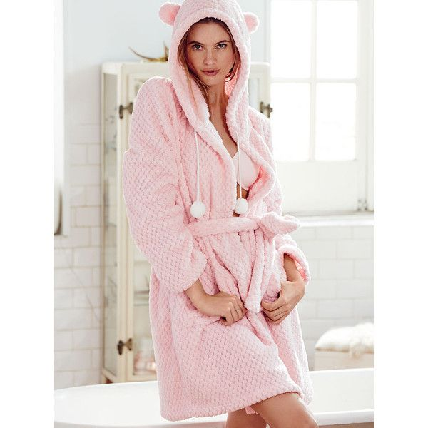 Victoria's Secret Snowball Fleece Short Robe (77 CAD) ❤ liked on Polyvore featuring intimates, robes, red, fleece robes, victoria secret robe, victoria's secret, hooded fleece robe and hooded robe