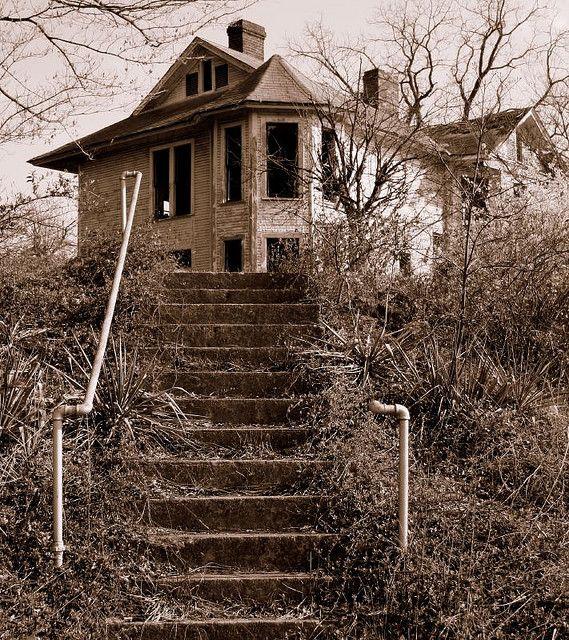 Abandoned on Haunted Hill Cincinnati Ohio ** Abandoned