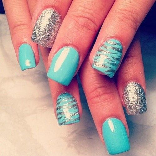 Sky Blue - a perfect nail color for summer! And sparkles and zebra are never fail to be stylish. Great look!