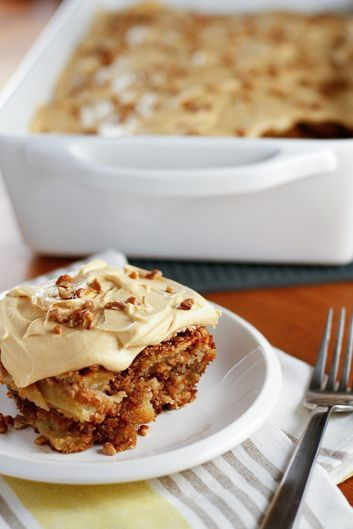 Fresh Honeycrisp Apple Cake :: incredibly moist, packed with scrumptious layers of apple and topped with rich caramel frosting #fall