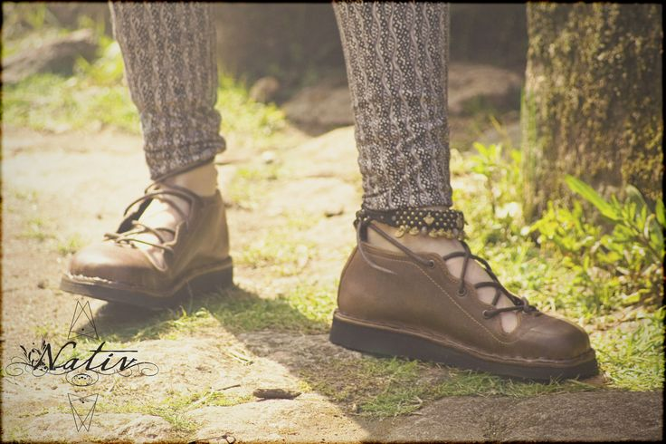 Beautiful handmade Neo shoes by Nativ. High quality leather for sensitive feet!   #Nativ #leathershoes #handmade #original #originaldesign #confortable #feet #weightlessshoes #walkinginclouds
