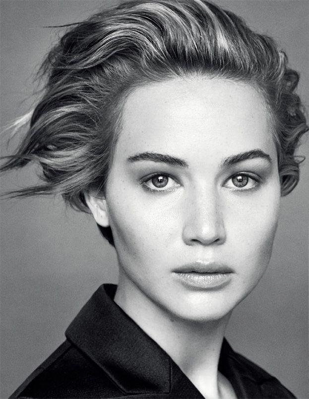 Jennifer Lawrence reklamuje Diora!