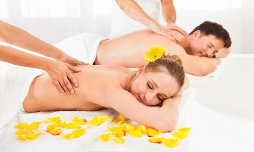 Couple Massage It is an offering that can help introduce a recluctant first-timer to massage or reinforce the bonding of two people through a shared experience, free the mind and reduce stress of you and your precious partner.