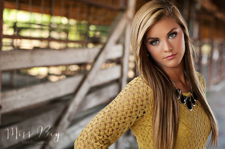 Rylee • Class of 2013 • Fort Smith Arkansas Senior Photographer • Miss Bey