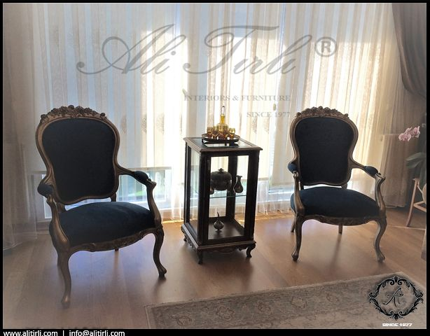 Müşteri teslimatı...  | Ali Tırlı İnteriors Furniture #alitirli #versace #qatar #architecture #home #mimar #imc #livingroomdecor #sandalye #chair #textiles #vakko #evtekstili #epengle #homeinterior #interiors #tablo #classic #furniture #evdekorasyonu #goblen #mobilya #perde #holiday #decorative #art #luxury #interiorsdesign
