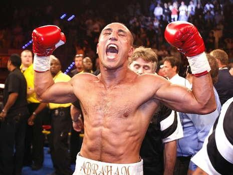 Arthur Abraham Retains WBO Super Middleweight In UD Over Paul Smith