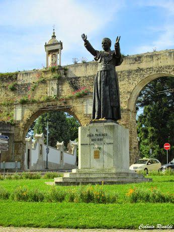 Praça João Paulo II - Arcos do Jardins - Coimbra