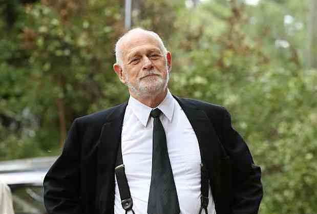 Castle is returningGerald McRaney to his Simon & Simon roots, tapping the acting vet to join Season 8 as the grandaddy of all private eyes. TVLine has learned exclusively thatMcRaney is set t...