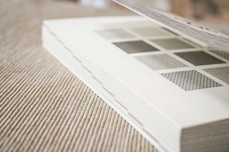 Auch für das kommende Jahr gibt es wieder den beliebten ACD Designkalender. Neu dabei ist neben dem Wochenkalender nun auch ein Tageskalender. Preis 19,90 Euro Design Annkathrin C. Dahlhaus