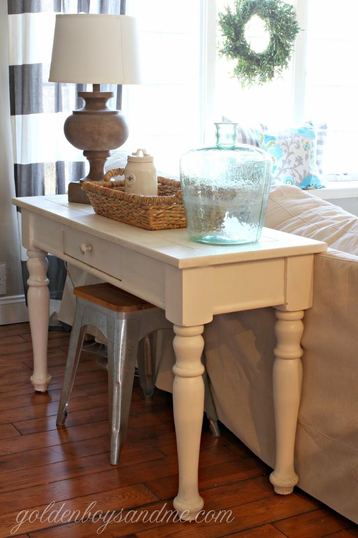 17 best ideas about painted sofa on pinterest couch makeover chalk paint fabric and painting fabric furniture - White Sofa Table