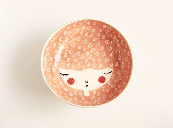 Ceramic serving bowl - peach serving bowl - face plate - handmade and unique - face illustrated bowl - MADE TO ORDER